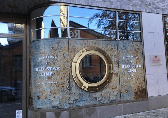 raamsticker venster kijkgat